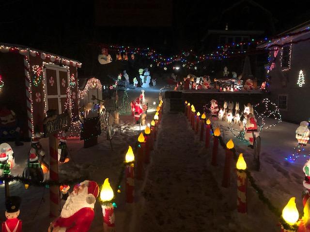 Sunapee holiday lights 6