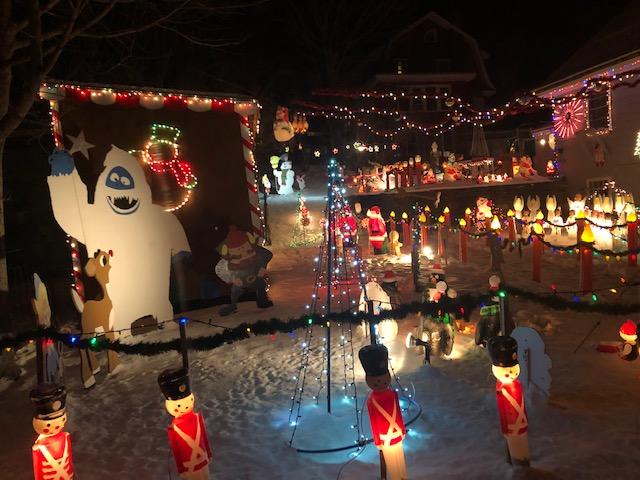 Sunapee holiday lights 8